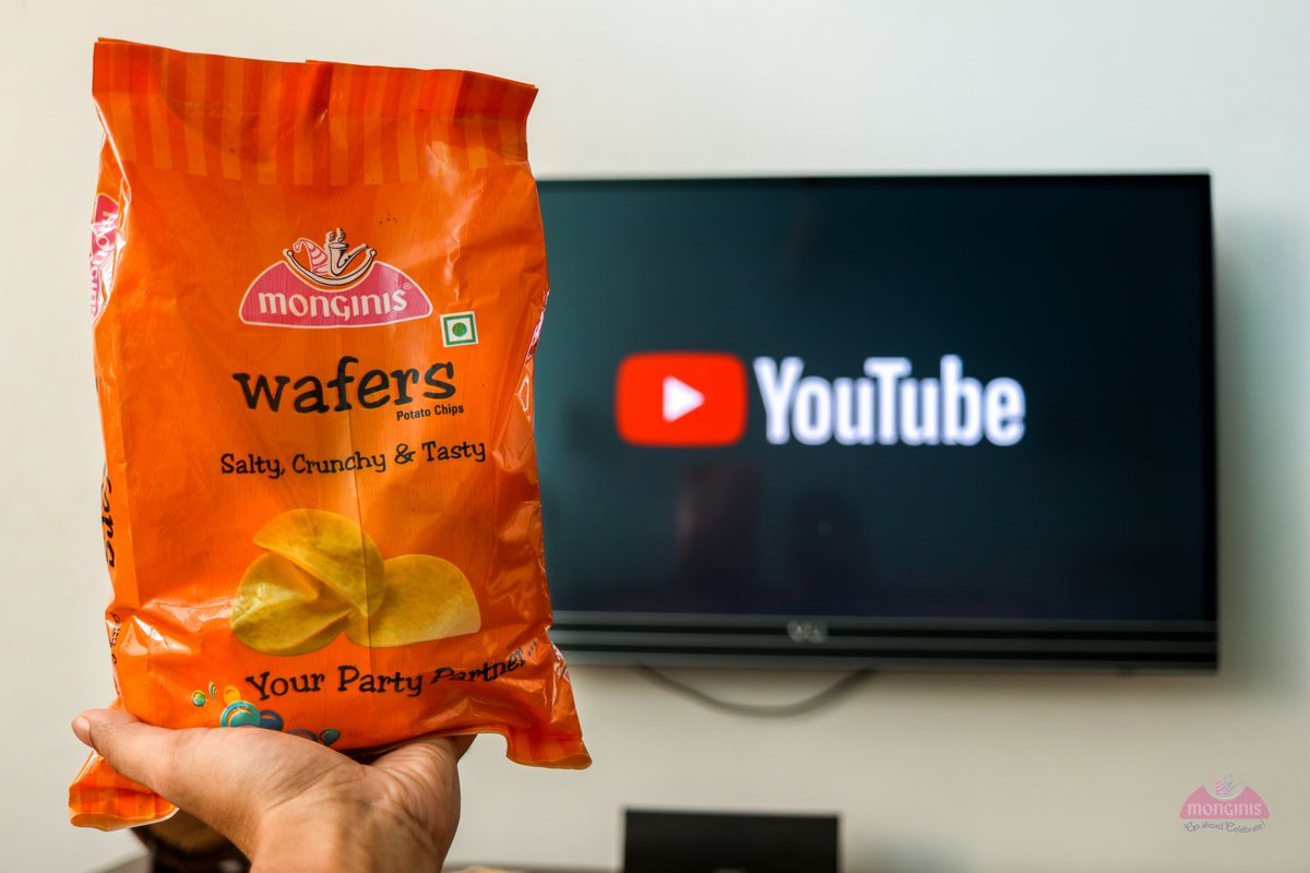 Binge-watch your favorite TV show with our perfect snack partner. Wafers Rs 65/-#monginis #monginisgoa #wafers #potatochips #potatoes #chips #food #foodie #foodporn #instafood #snacks #delicious #tasty #fries #foodphotography #yummy #foodlover #snack