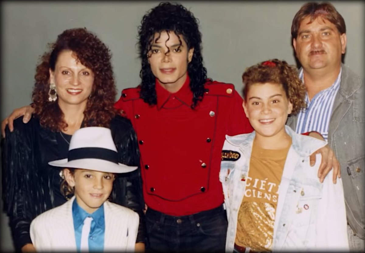 'Leaving Neverland' wins nonfiction Emmy; Michael Jackson Estate responds thefader.com/2019/09/16/lea…
