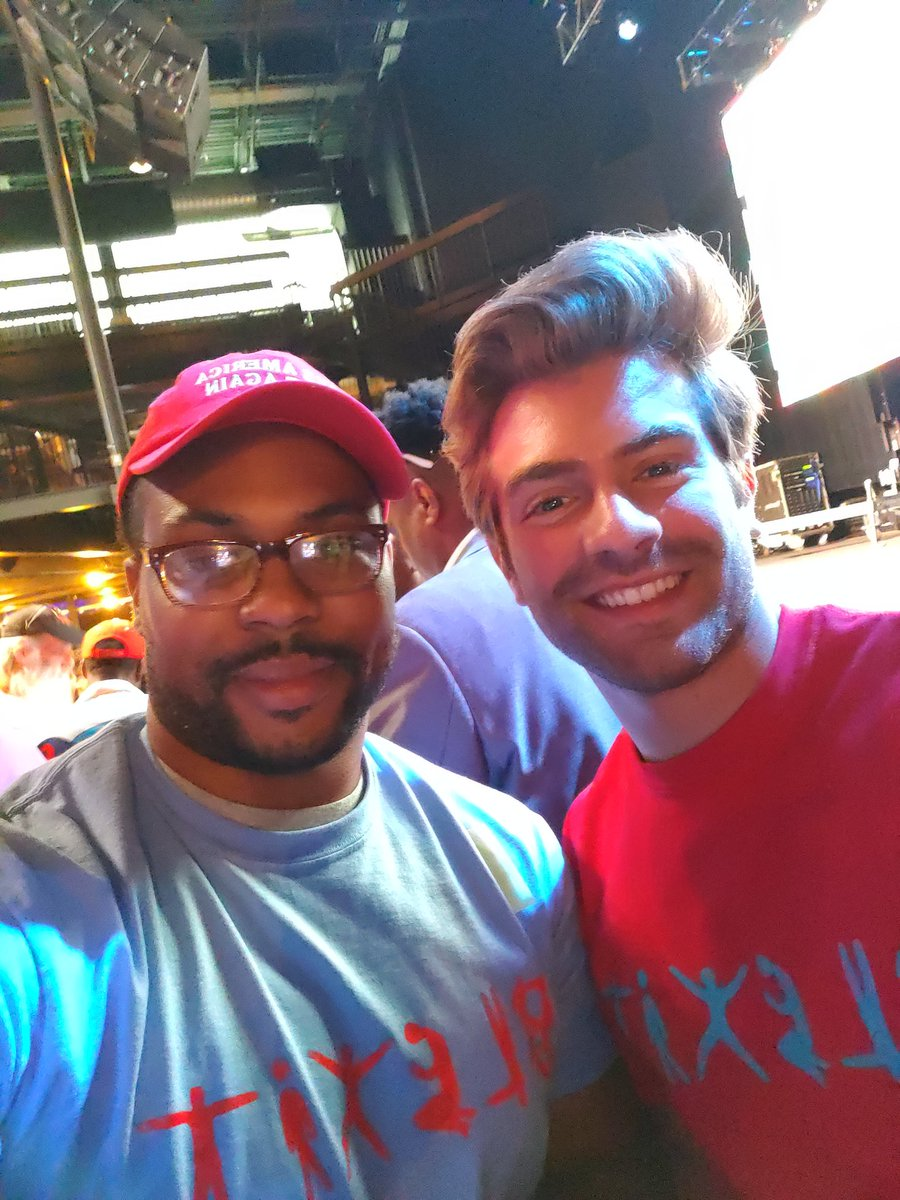 #BlexitBaltimore was super #dope! Honored to meet this guy @thewillwitt #FunFact: He's not #Black. I didn't know that until he told us.@prageru @TPUSA
