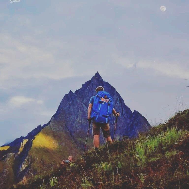 #langtang #nepal🇳🇵#trekking #mountain #visitnepal #explorenepal🇳🇵#nature_prefection #lovenature #travellingthroughtheworld #travelislife #travelpicsPic;facts of nepal