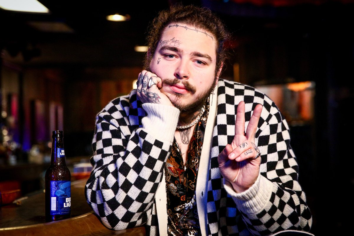 Post Malone's new album had the biggest streaming week of 2019 thefader.com/2019/09/16/pos…