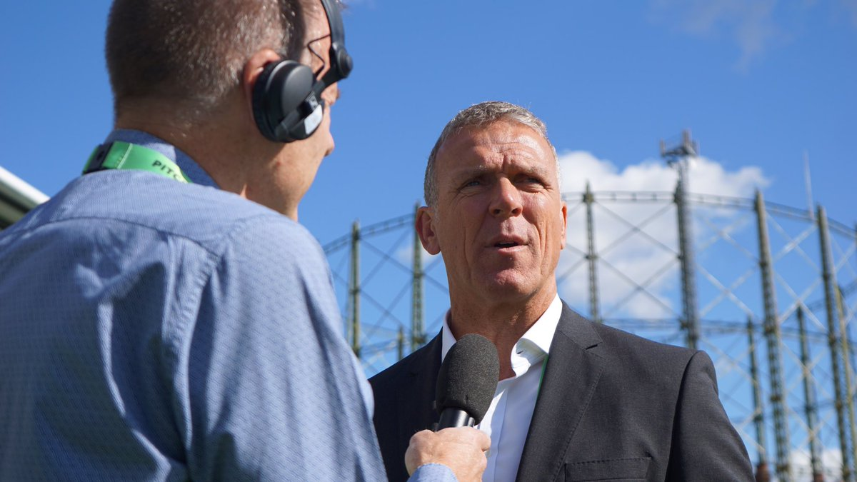 """""""Impossible to say until we see what that job looks like.Whoever it is they've got to make sure they get the very best person with the best plans allowed to do the job as that individual believes is the right way""""@StewieCricket on whether he's the man to replace Bayliss."""