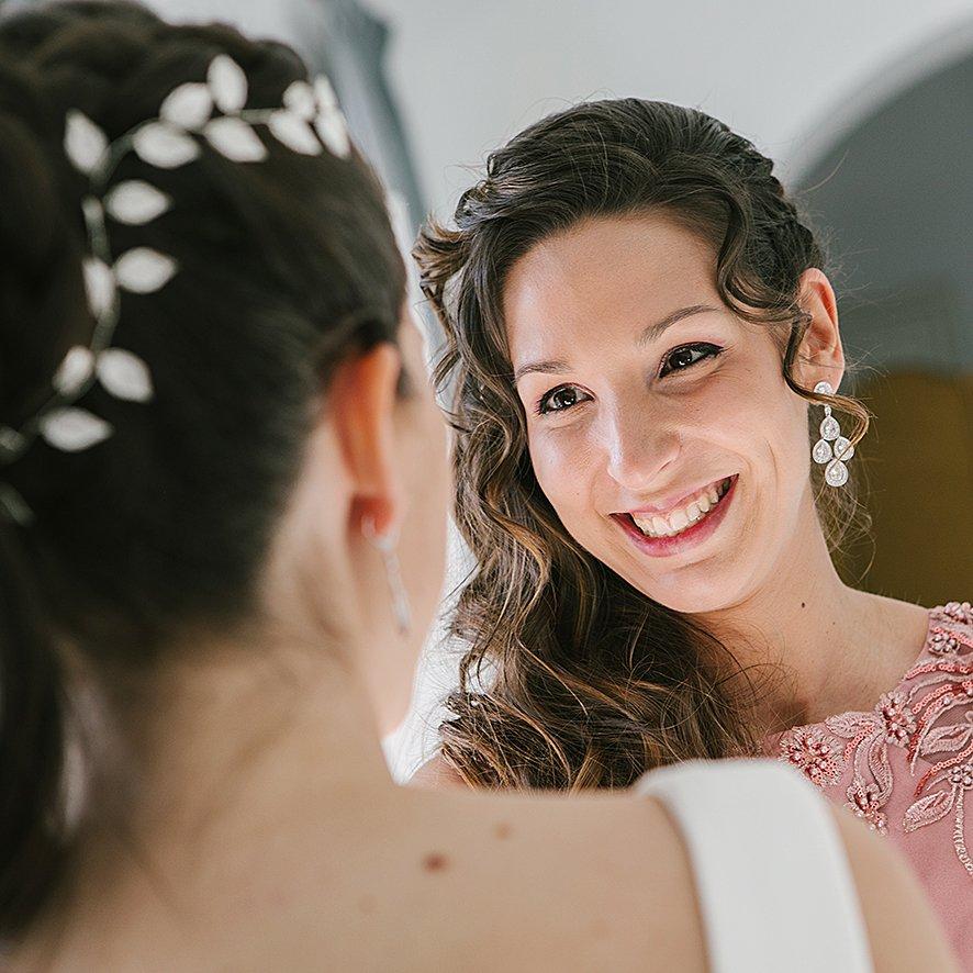 ..#bodas #wedding #novias #vitayolga #picoftheday #love #fotografia #photo #madrid #novios #follow #emociones #momentos #vitayolgafotografia #equipovitayolga #felizsabado