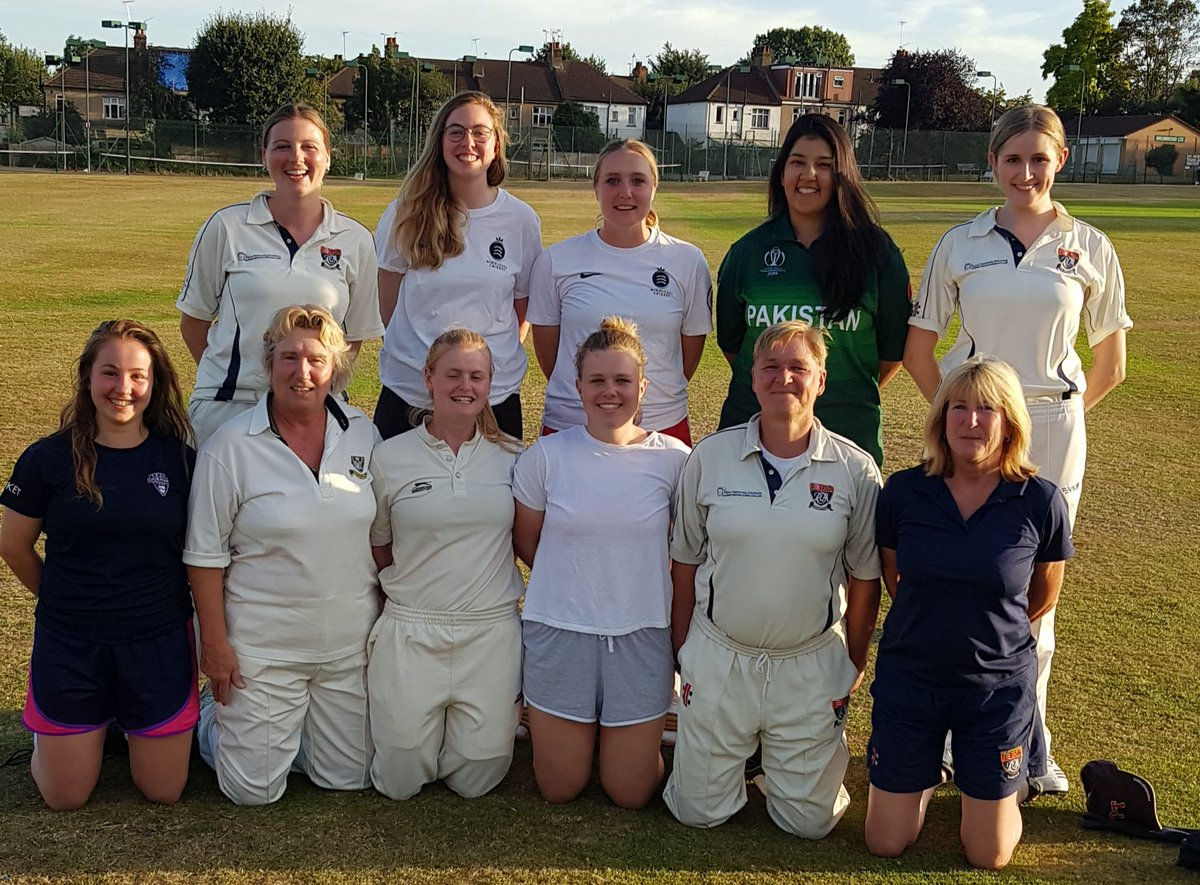 @ActoniansLadies @ActoniansCC @IWCricket @SkyCricket @cricketforgirls @AlexBarton94Last game of the season at Wanstead yesterday. Thanks for the game really enjoy your enthusiasm and #spiritofcricket Hope to see you next year