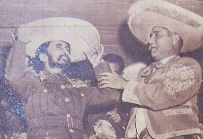 Take out your sombreros. It's #MexicanIndependenceDay. Muchas gracias Mexico for standing by us during the Italian war.  <br>http://pic.twitter.com/nOsTdUQ0L2