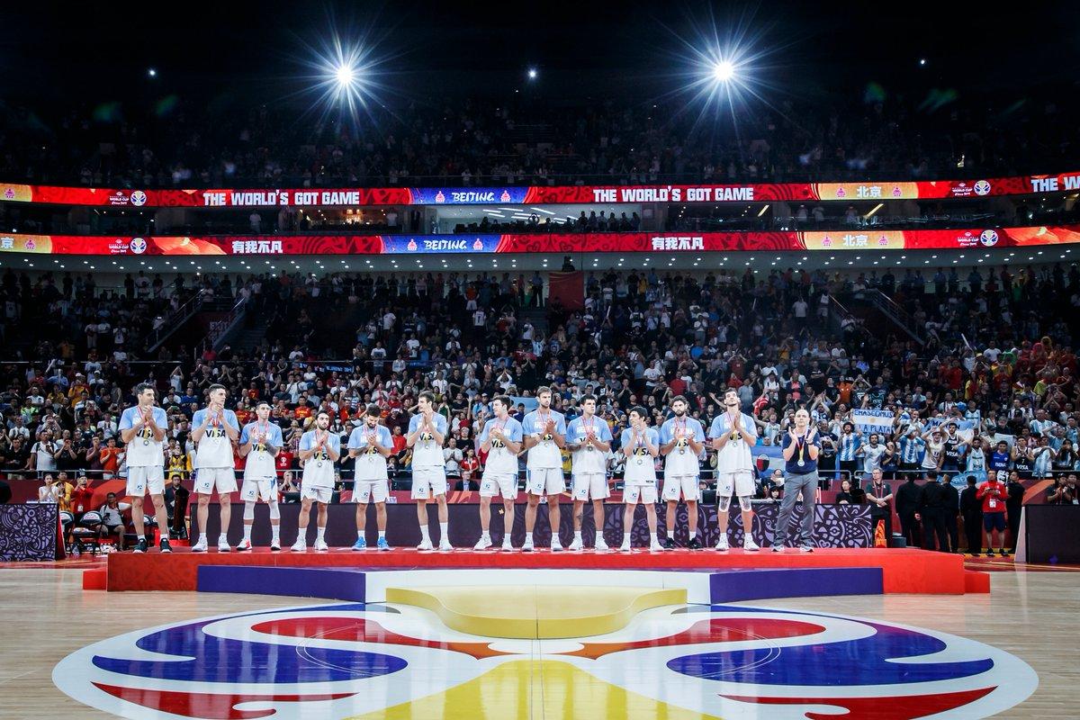 What. A. Team 🇦🇷🥈👏 #FIBAWC #ArgentinaGotGame
