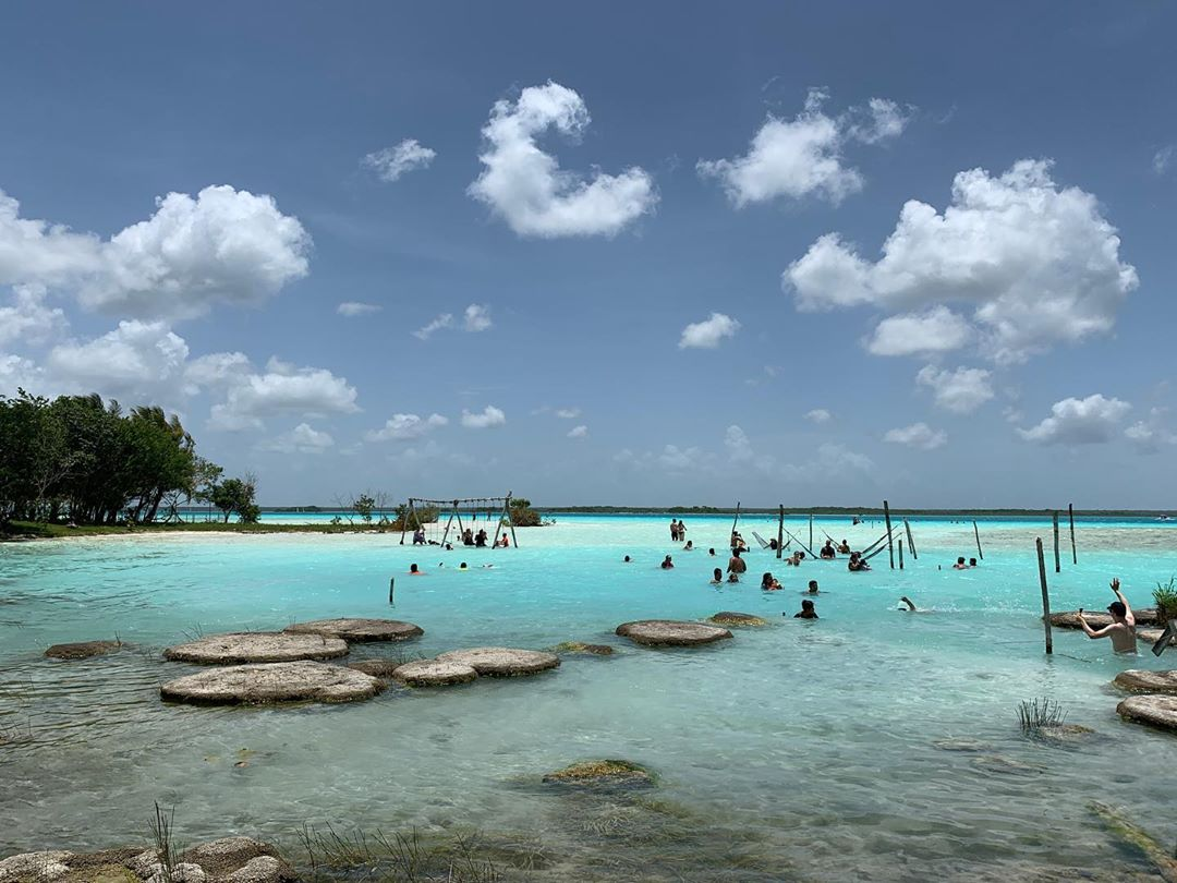 """Bacalar a Twitter: """"𝐓𝐫𝐚𝐯𝐞𝐥 𝐭𝐢𝐩: Cocalitos is one of the places  with public access to the lagoon, where you will also be able to float in  the current by the stromatolites. ✨  """