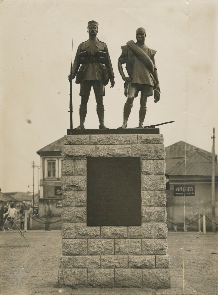 RT @davisbaran: This photo from the @CWGC #Archive shows the Lagos Memorial. The bronze statues represent a Hausa soldier of the Nigeria Regiment & an Igbo carrier of the Nigeria Carrier Corps & commemorated the 947 Nigerian casualties who died during #WW1