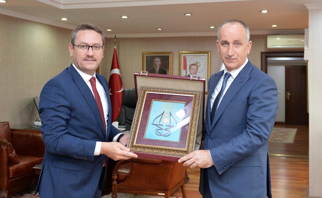 TOKİ Başkanımız Ömer Bulut, İstanbul Başakşehir Belediye Başkanı @yasinkartoglu'nu konuk etti. https://t.co/gpOP9Ihy5C