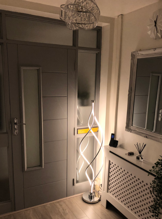 @mopatel07 - 😍 The lamp that went viral on Twitter! Our LED Entwined Floor Lamp showcases itself, SWIPE to see the before and after! This lamp completely transforms a room! Available online and in stores now 🔎223505 bit.ly/32JTOAS #light #renovation #viral