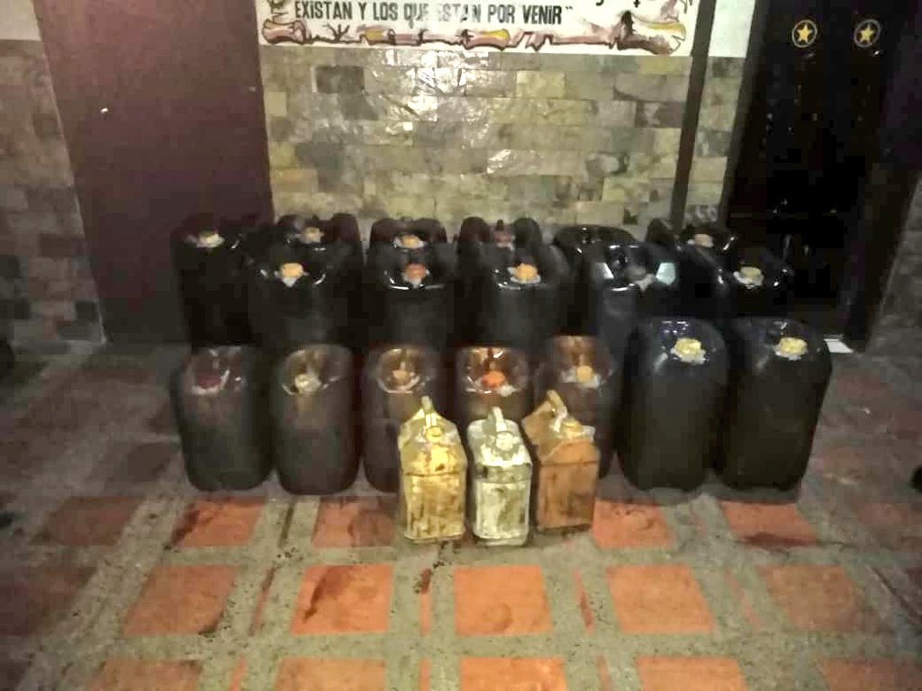 Tag táchira en El Foro Militar de Venezuela  EElXjSWWwAALLLS