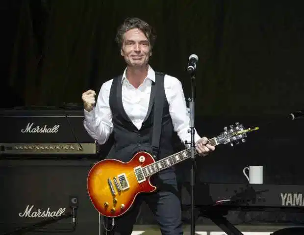 Happy Birthday Richard Marx born September 16, 1963! you are an incredible musican!