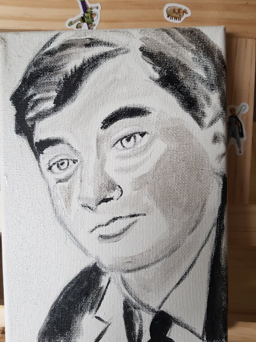 Working on a black and white study of Aneurin Bevan to give to the hospital that reset my finger.