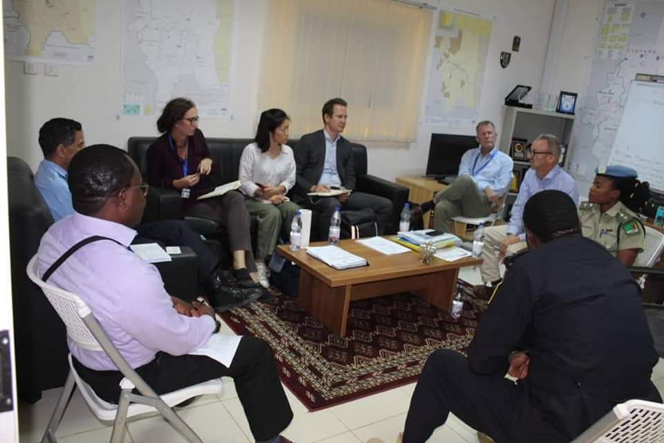 Great meeting with @UNPeacebuilding, @UNSudan and @unamidnews colleagues to discuss on how to build peacebuilding funding on #SLF / UNAMID #Transition. We are getting there! #OROLSI, #JCSC https://t.co/Uk2fy6KT2k