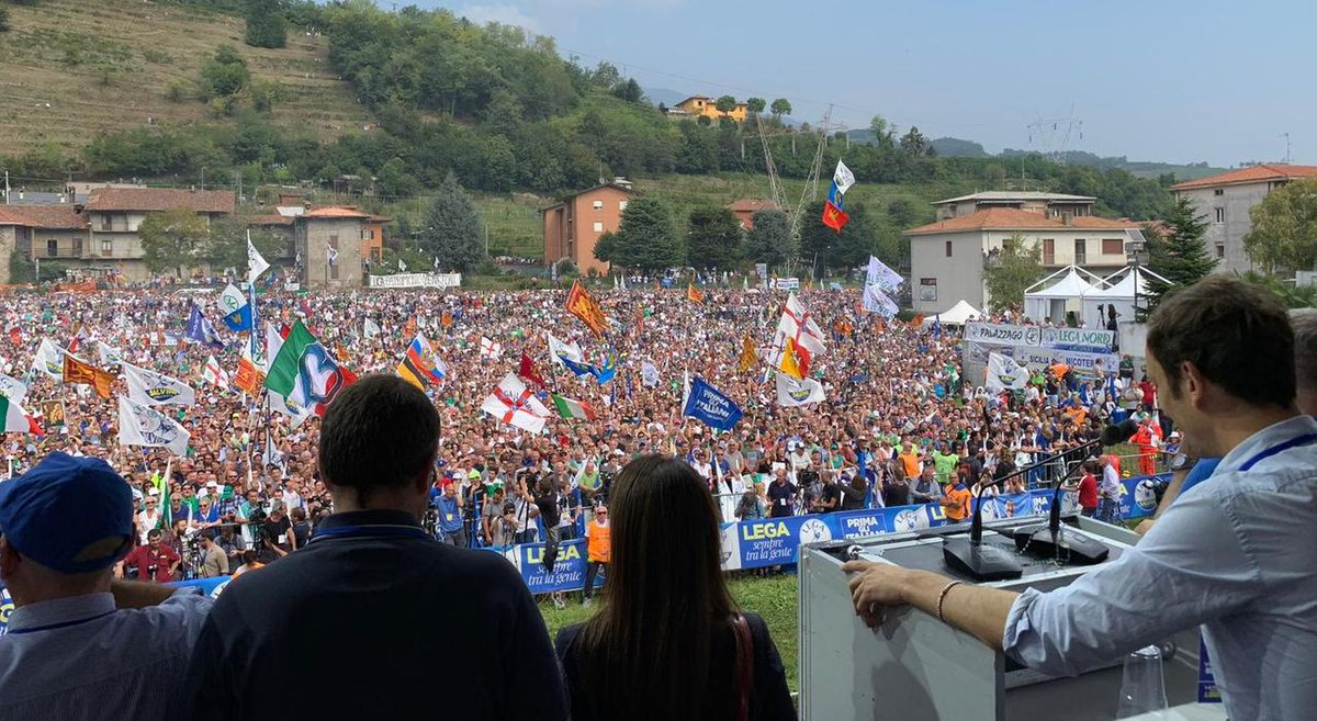 Oltre seicento friulani con la #Lega a Pontida - L...