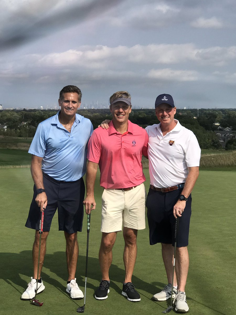 My @TKKLawFirm partner @TimTomasik and I had a great day of golf with top national #masstorts attorney @perdue_jim visiting from Houston.@PerdueKiddLaw Great lawyer, good friend, and finished in time to see Bears win!