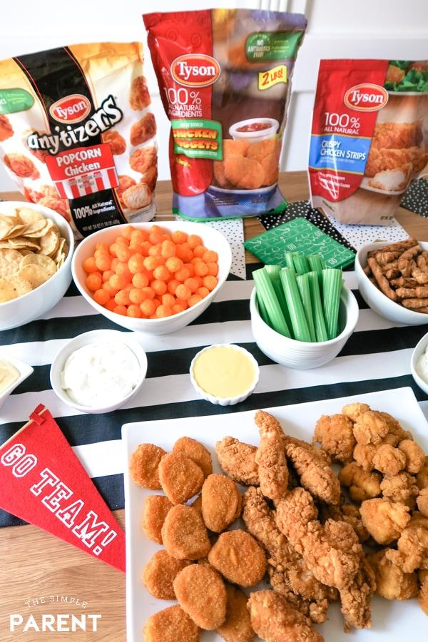 #AD H-E-B has all of your game day needs this football season! Remember to pick up some @TysonBrand Chicken on your weekly trip to whip up a viewing party spread before kickoff https://t.co/iMT8LLJBx7 Image via: @thesimpleparent https://t.co/tp6y331dnh