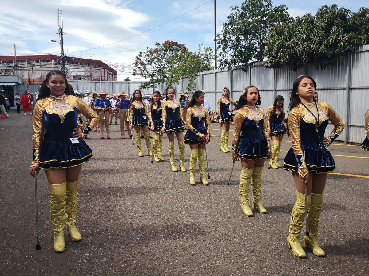 ¡EN BREVE! En #HoyMismo #PrimeraEdición la participación de las palillonas y banda de guerra del Instituto Superación San Francisco, ganadores del primer lugar del premio Gran Embajador Marca Honduras.