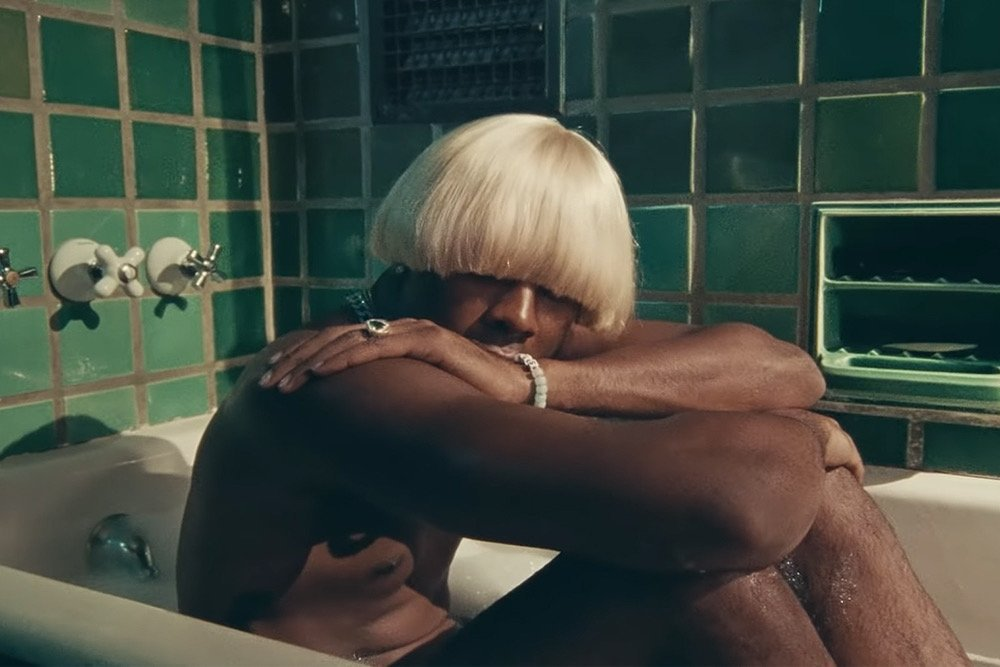 "Watch Tyler, The Creator's new video for ""A BOY IS A GUN""  http:// bit.ly/2V0GLZ7     <br>http://pic.twitter.com/T4rNaqWqdo"