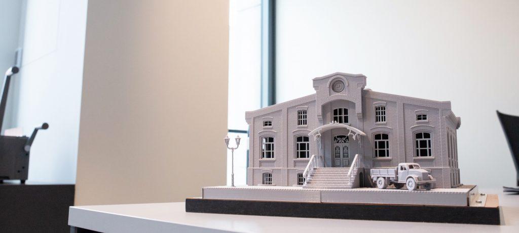 #Druk3D w procesie rewitalizacji budynków i nie tylko! Architekci z PANOVA za pomocą drukarek #3DGence tworzą makiety swoich realizacji nawet o 77% szybciej.  Skomplikowane wydruki z dokładnością nawet do 0,1 mm!😲 Zamów wydruk online u ekspertów druku 3D👉