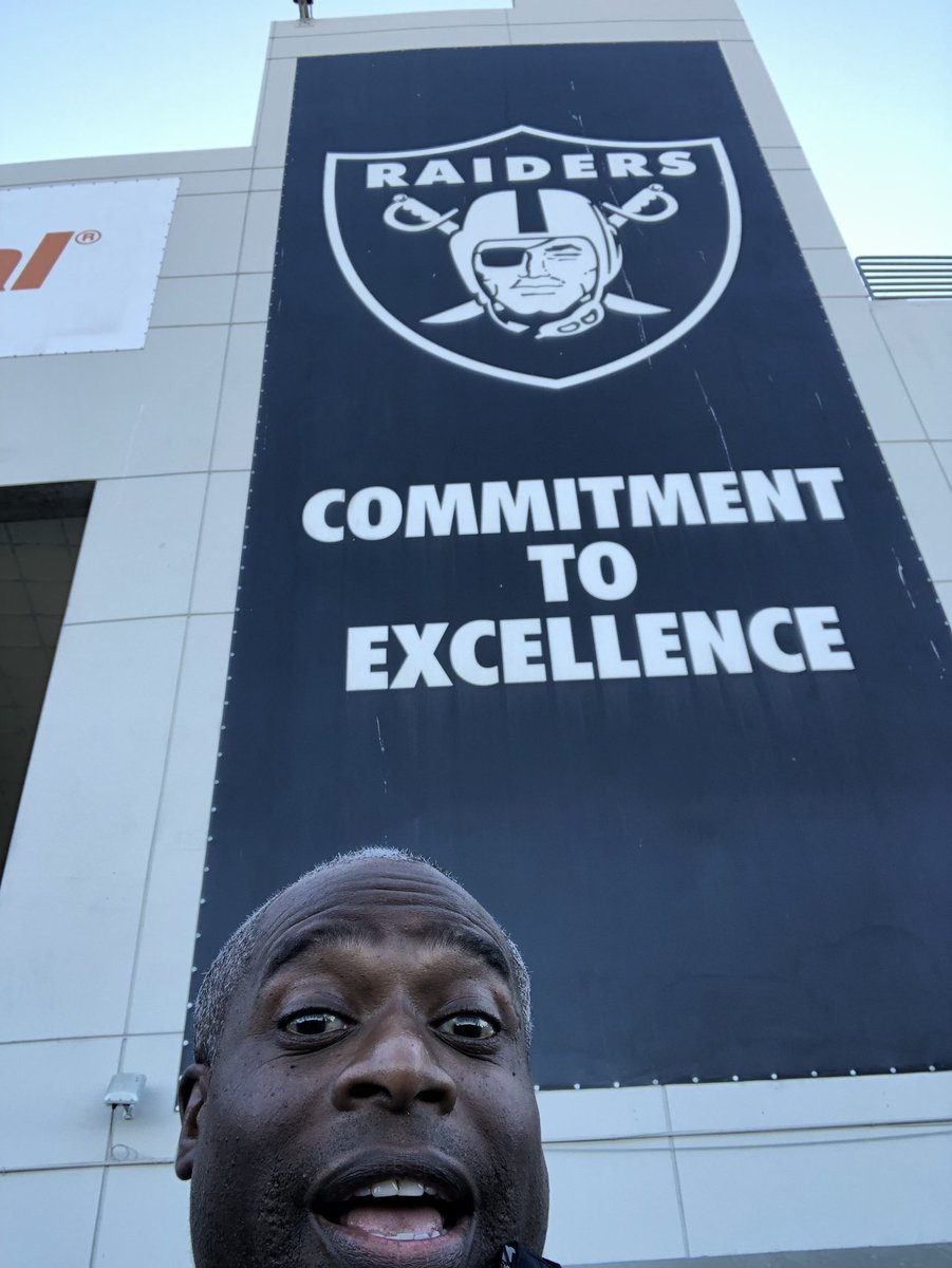 Might be my last game in Oakland. Go Vegas Raiders??@Raiders