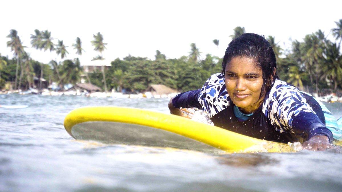 فريق نسائي لركوب الأمواج في سريلانكا يتحدى المعتقدات https://cnn.it/2AlywgL