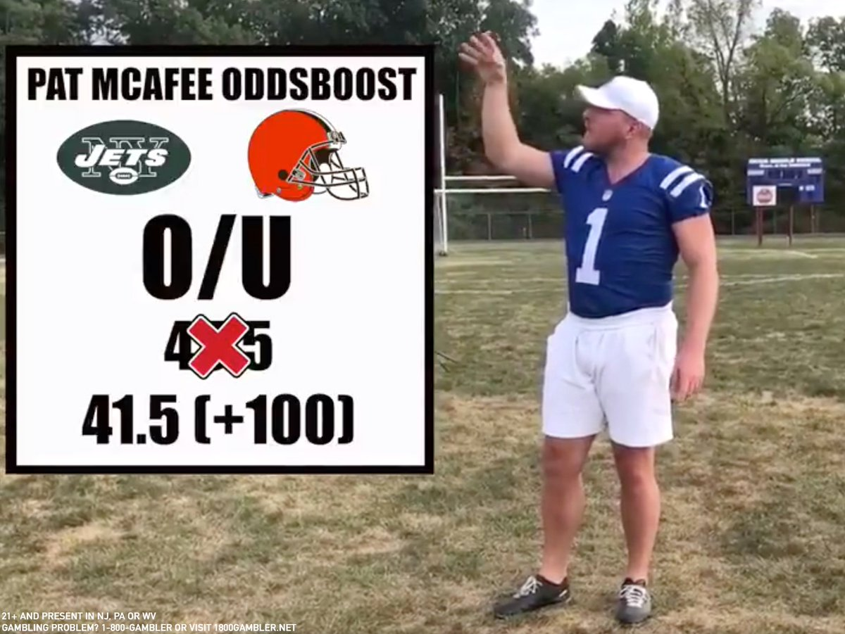 """We're 𝘬𝘪𝘤𝘬𝘪𝘯𝘨 off our exclusive sports betting partnership with @PatMcAfeeShow with a special Monday Night Football Odds Boost 🚨  Jets-Browns Total to go OVER 41.5 points (was 45.5)  1️⃣ Go to http://sportsbook.fanduel.com/sports 2️⃣ Click """"Odds Boost"""" 3️⃣ Bet it 💰"""