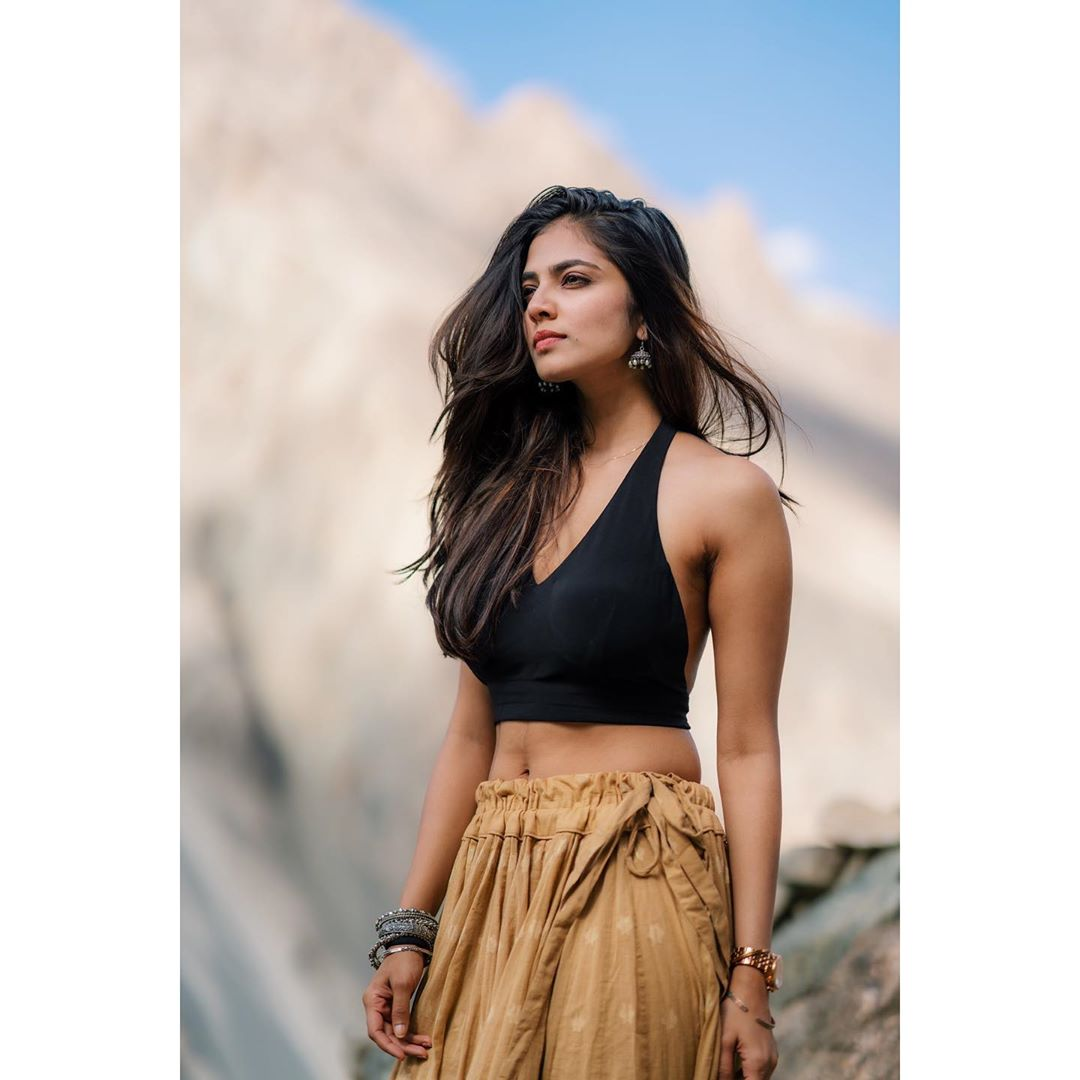 Cute Malavika Mohanan Gorgeous Hot S3xy