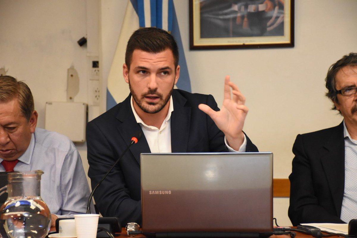 Eduardo Garzón: Argentina no está limitada en términos financieros.Todos los pesos que se quieran crear, se pueden crear