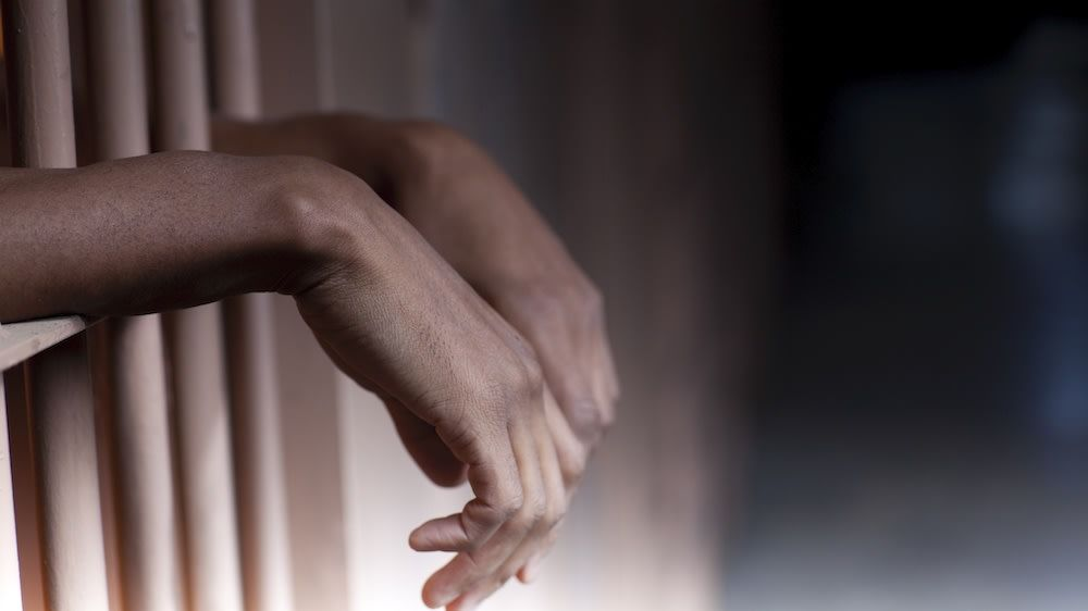 Oklahoma's revolving door: How fines and fees trap people in debt and incarceration #BlavityOpEd submitted via @LawyersComm https://t.co/7C2BG3J5JI https://t.co/3v6ZS9Pkan