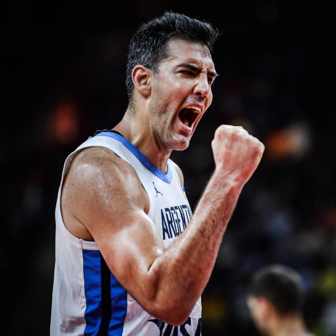 𝐋𝐞𝐚𝐝𝐞𝐫. 𝐋𝐞𝐠𝐞𝐧𝐝. 𝐀𝐥𝐥-𝐒𝐭𝐚𝐫. 🇦🇷  @LScola4 was selected as one of the #FIBAWC All-Star 5 ⭐️.