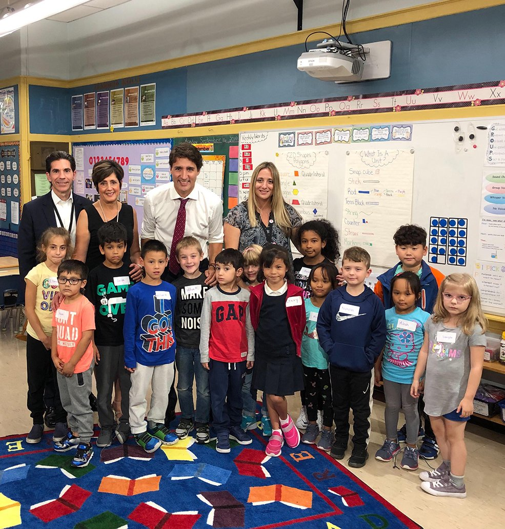 Blessed Sacrament @BSCS6 students had a surprise visit from Prime Minister @JustinTrudeau today!