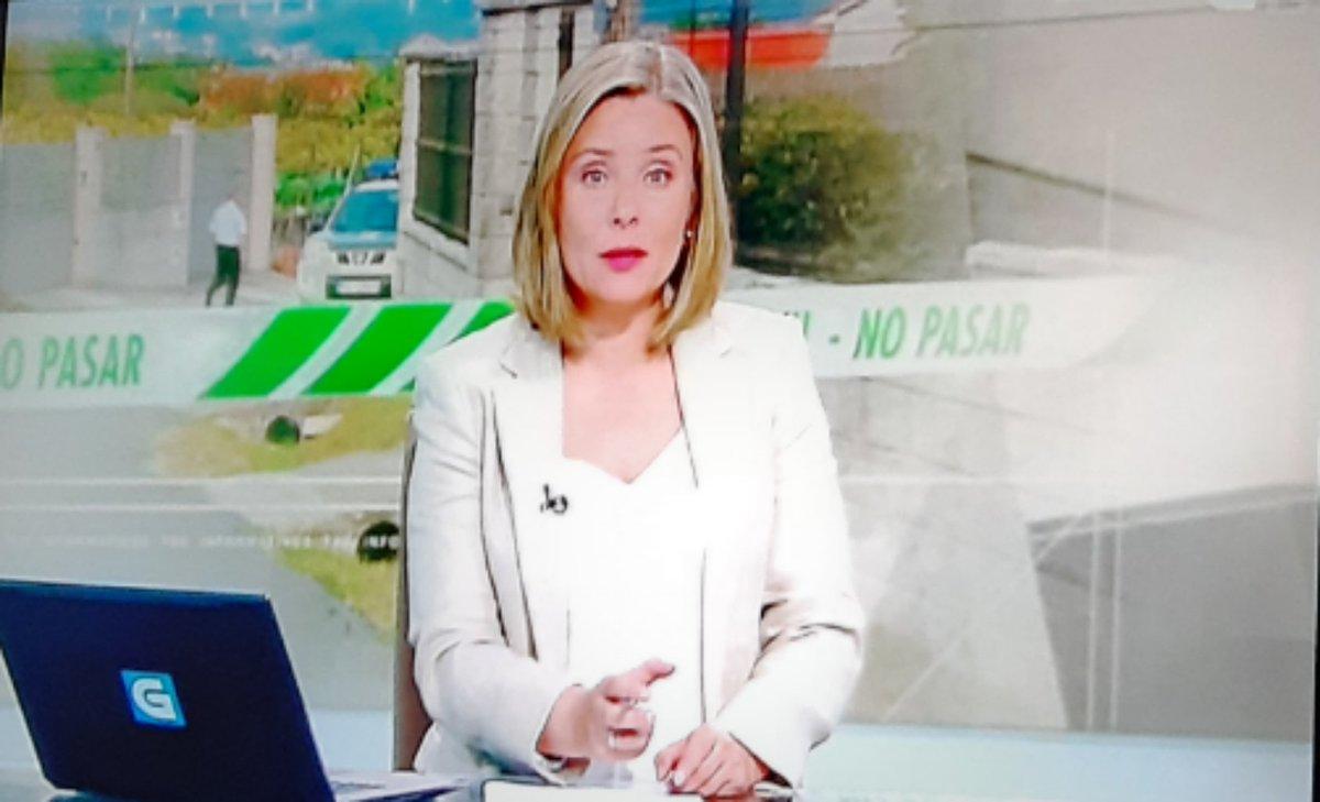 Non lle sobraría a Raquel Domínguez, do @telexornalseran, repasar o galego oficial. En concreto: o copulativo i @AcademiaGalega