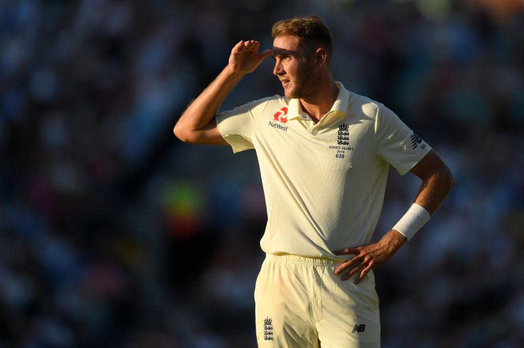 Looking for the next Ashes Test like...    #ENGvAUS <br>http://pic.twitter.com/MiG2xZvTm6