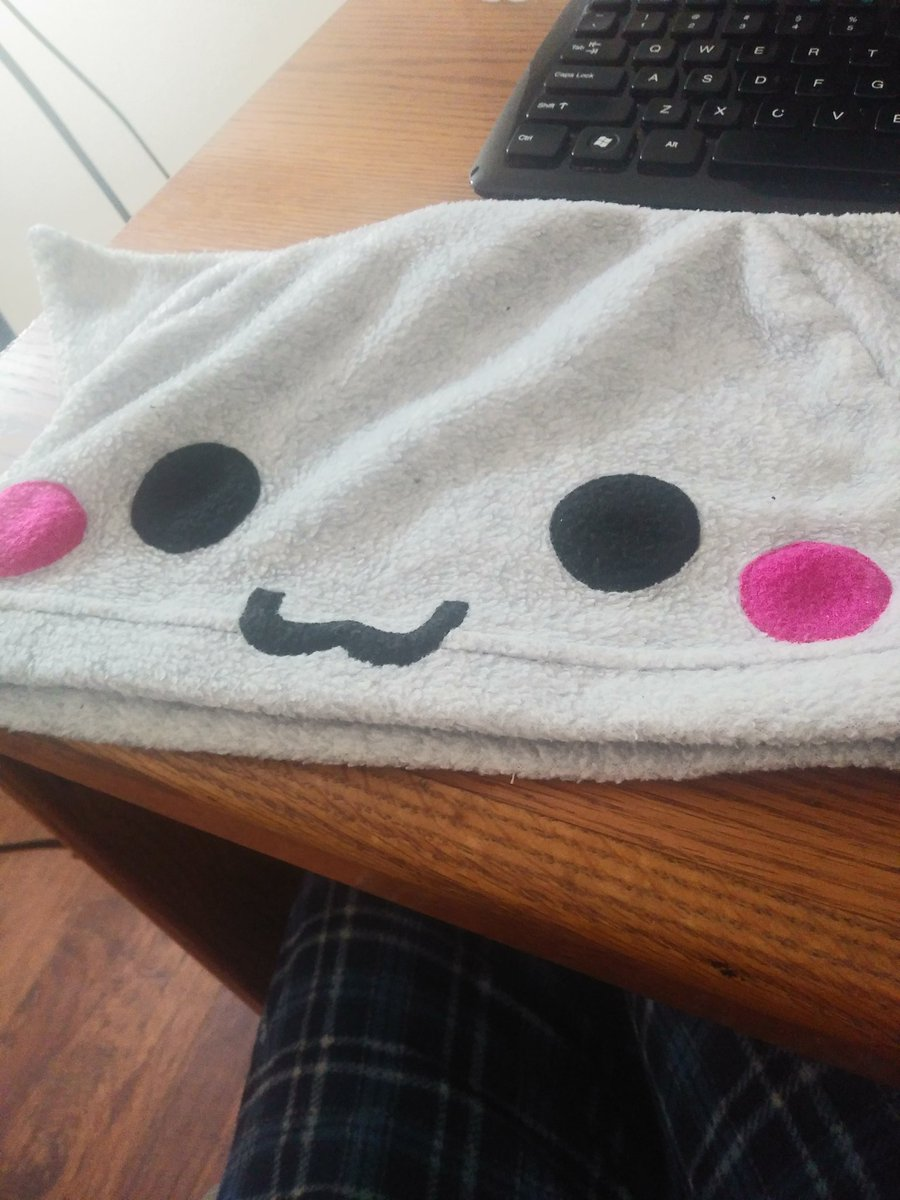 @narpu i can only provide this owo hat