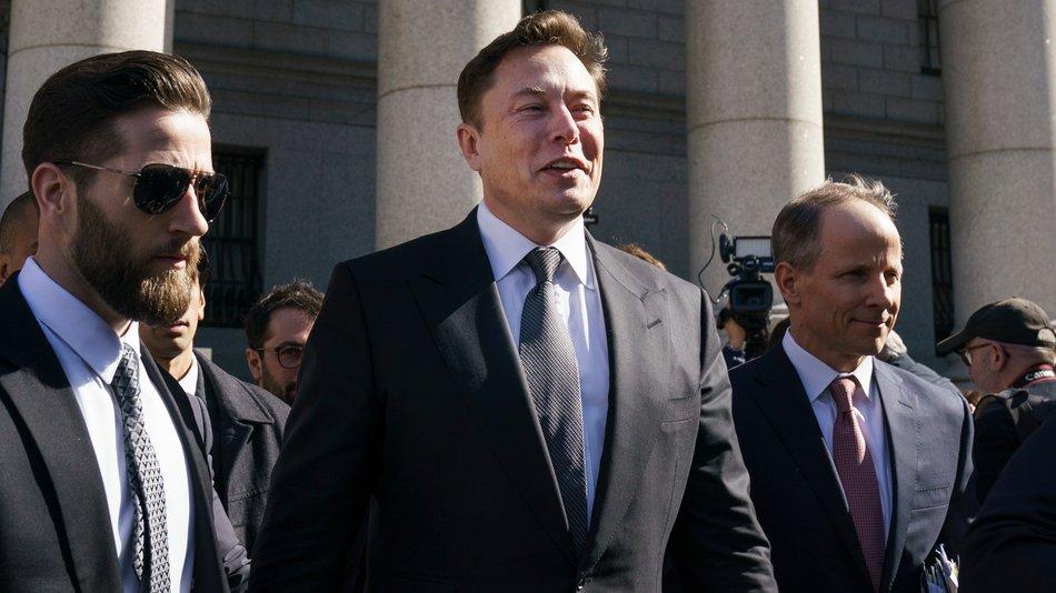 "Elon Musk's defense against diver's lawsuit: ""Pedo guy"" just means ""creepy old man"" https://trib.al/zedjADo"