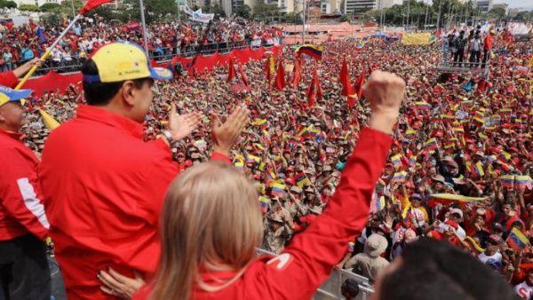 #EsNoticia || Pdte Nicolás Maduro subraya su compromiso de defender la paz. bit.ly/2kho3yA