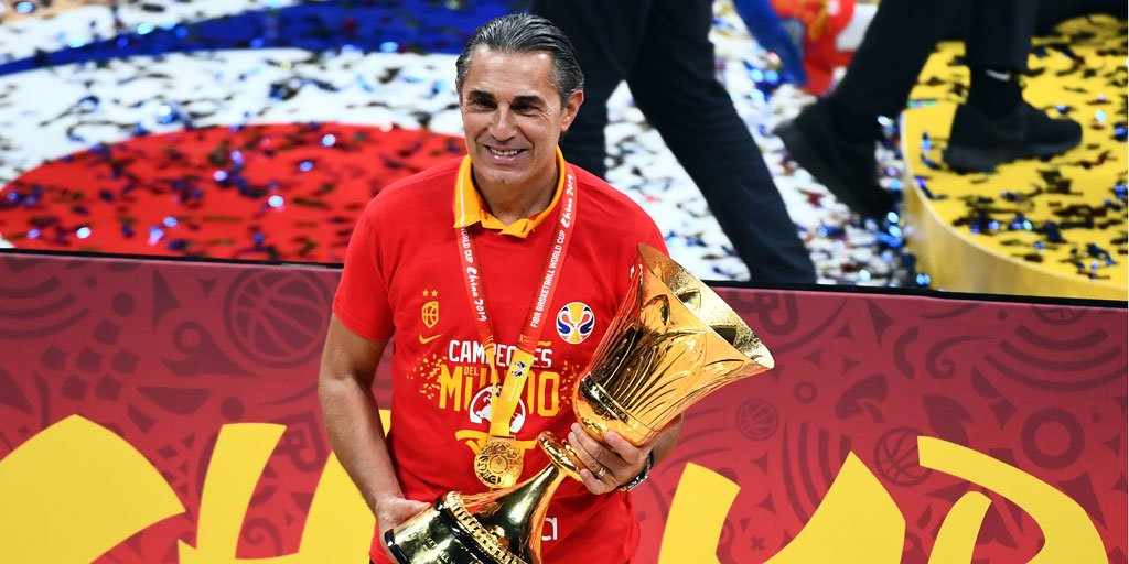 Three months after winning an @NBA Championship with the @Raptors, Sergio Scariolo helped @BaloncestoESP end a 13 year drought to bring Spain its first @FIBAWC since 2006! Click here to read more: ow.ly/kZOv50wc83t
