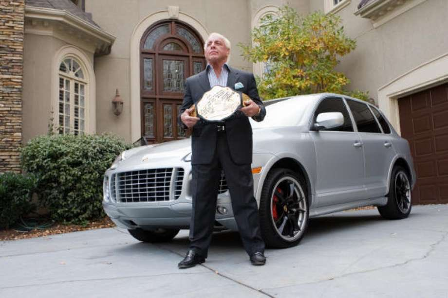 The Luxe Lifestyle! WOOOOO! <br>http://pic.twitter.com/npxTFvM33g