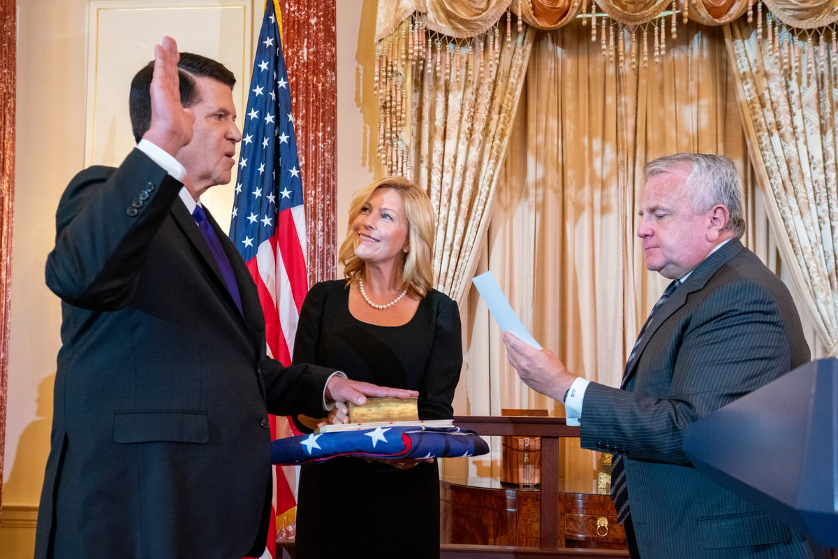 Delighted Keith Krach was formally sworn in as @StateDept Under Secretary for Economic Growth, Energy, and the Environment. Promoting economic security and prosperity for Americans and our partners is a key tenet of our diplomacy. We're lucky to have Keith on board. @State_E