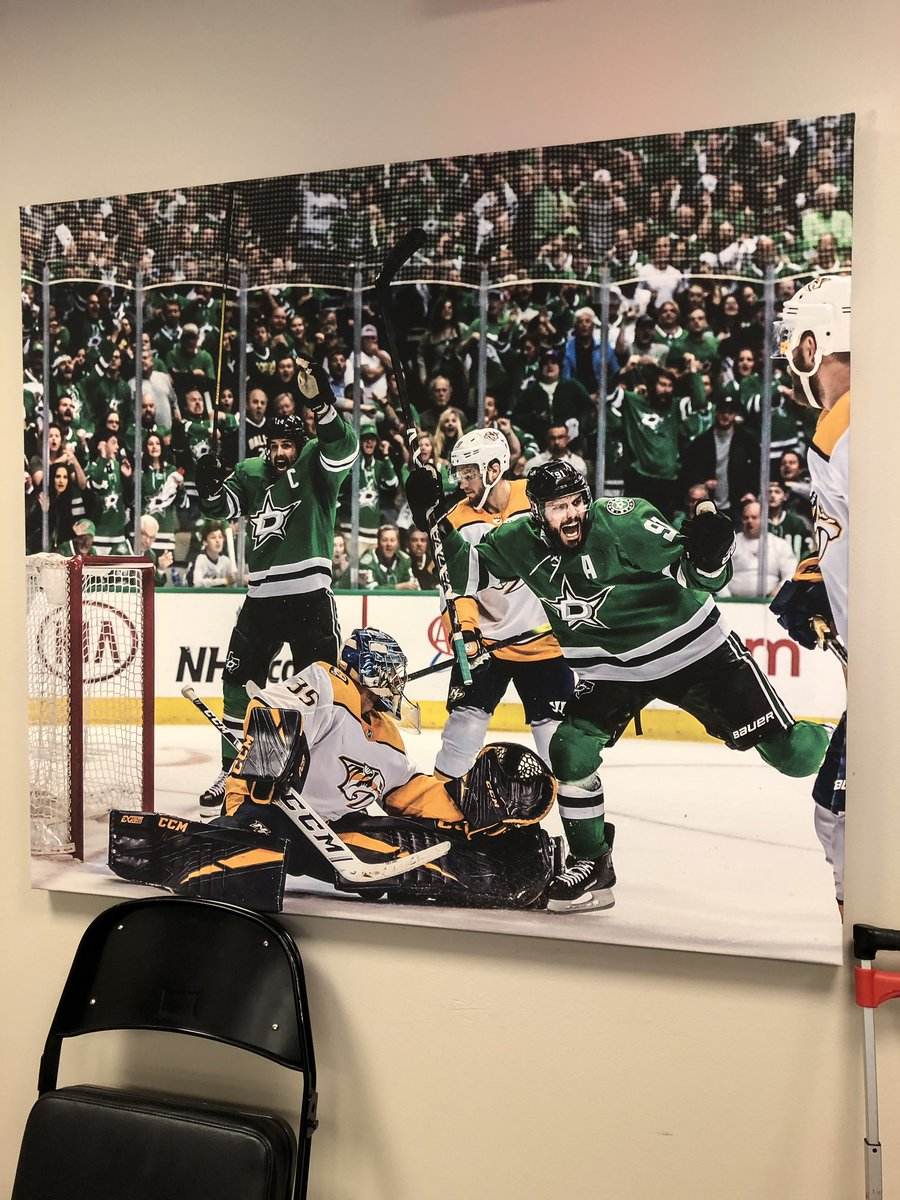 RT @Josh_Clark02: On the lighter side of things, the AAC press box has a new picture in it this year. #GoStars https://t.co/FLBK2aoYLZ