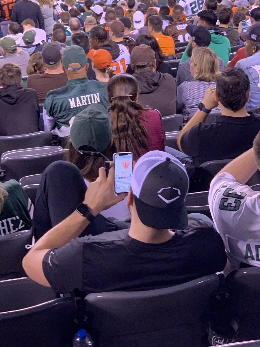 I've seen some distracted fans at games. I'm gonna say this, with 9:50 to go in Jets-Browns, this takes the cake. <br>http://pic.twitter.com/ep8gzh8WyH
