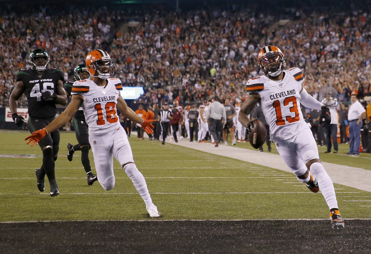 OBJ made his presence felt in NY, Browns get their first W of the season   161 yards 89-yard TD  Browns beat the Jets, 23-3 <br>http://pic.twitter.com/ikO4bucwdg
