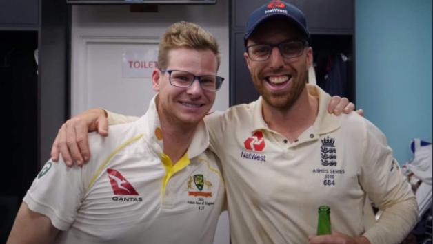 #Ashes19 #TheAshes2019 #ENGvAUS #SteveSmith 'मैंने ही चश्मे में स्टीव स्मिथ के साथ एक तस्वीर खिंचवाने के बारे में सोचा था'➡️https://www.cricketcountry.com/?p=892301