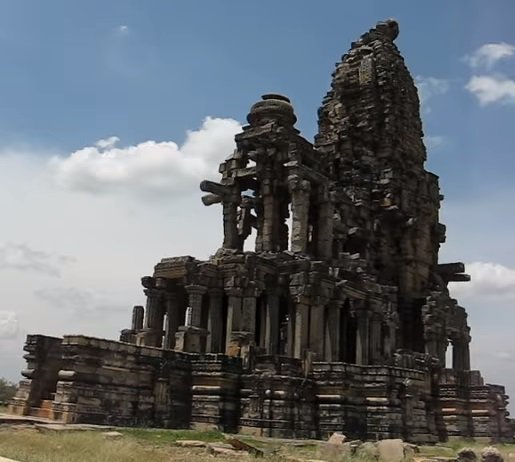 Kakanmath Temple of Lord Shiva In Morena , Madhya Pradesh .   It Was Built In 11th Century A.D by King Kirttiraja