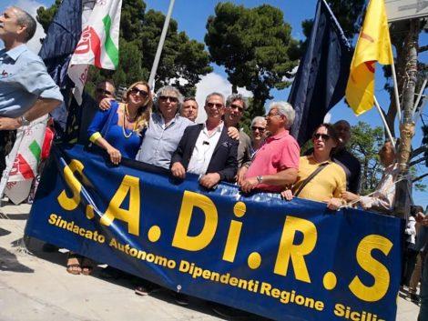 """I dipendenti regionali delusi dal Governo siciliano: """"Noi discriminati, è mortificante"""" - https://t.co/eUzI24EHl8 #blogsicilianotizie"""