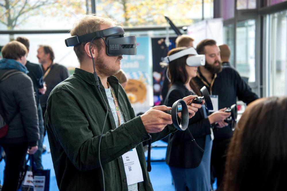 https://buff.ly/2QcidxK Is Virtual Reality the Future of all Gaming?#VirtualReality #GamingLife #VR #gamingcommunity #AugmentedReality #MixedReality #xrom #xrompodcast #computergames #immersiveexperience #technology #immersive #interactive #futuretech #experiential