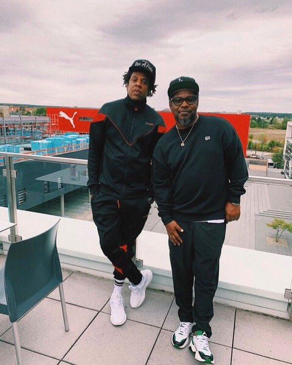 """Shout out my nigga Jigga cause he made that purchase""   #PumaxTMC  <br>http://pic.twitter.com/OxKcjYUdXZ"