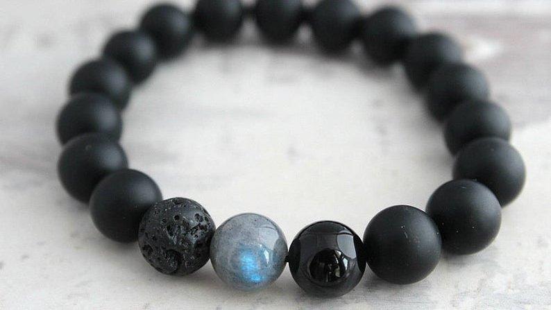 Mens Labradorite and Black Onyx Bracelet  via @Pop_Allure #handmade #etsyfinds #etsygifts