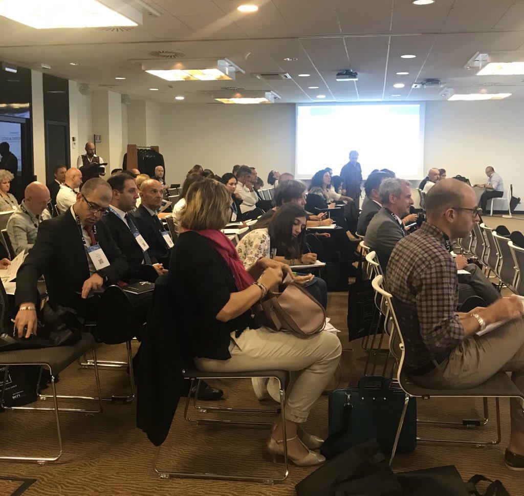 Roberto Masciambruni di @Angelini apre i lavori a #smartpackaging: serializzazione e i suoi costi per le aziende farmaceutiche https://t.co/lt5YzFjcuw